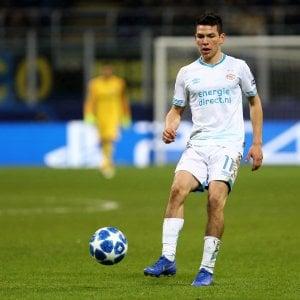 Napoli, Lozano vestirà la maglia azzurra: l'accordo nell'incontro tra Raiola e De Laurentiis