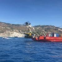 Ischia, alla scoperta dei fondali con un sottomarino: test nell'area marina Regno di Nettuno
