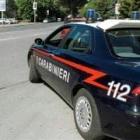 Napoli, pugni e morsi alla sorella disabile: arrestato 41enne
