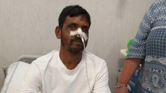 Napoli, ambulante preso a sassate: fermati tre ragazzi