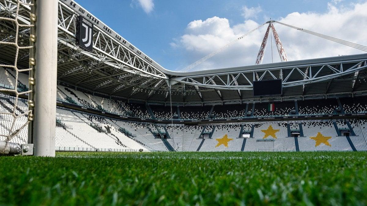 Juve-Napoli sabato a Torino, settore ospiti a 67 euro