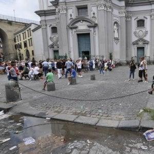 Rione Sanità, 17enne ferito a coltellate nella piazza in cui fu ucciso Genny