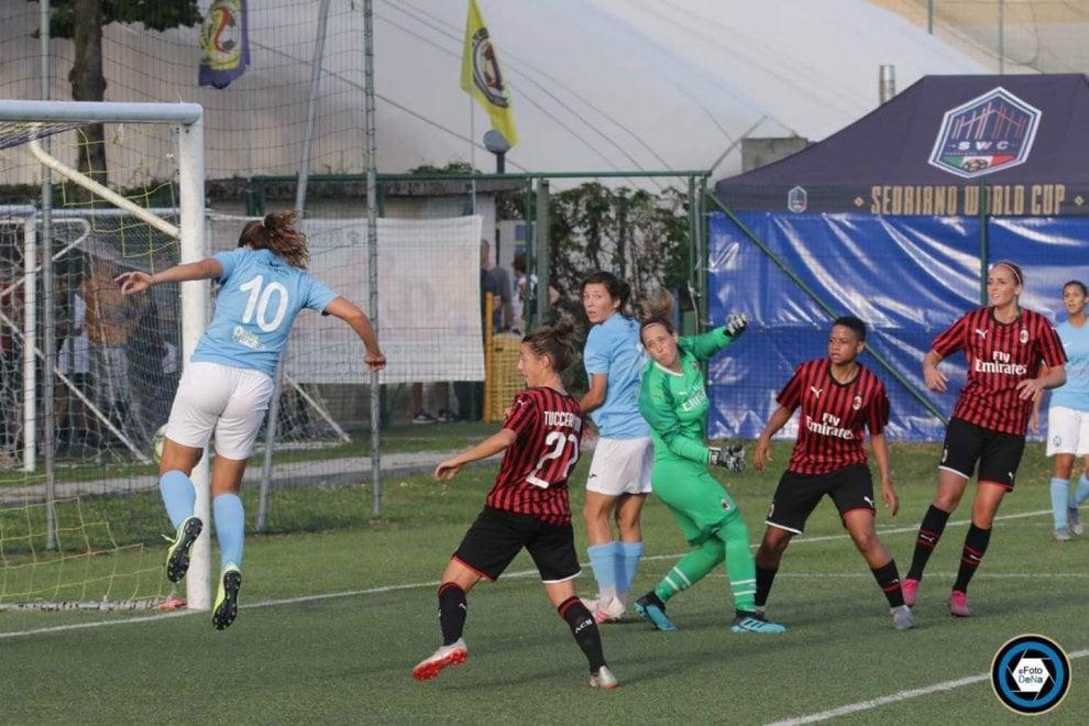 Calcio donne. Napoli, test contro il Milan in attesa del campionato