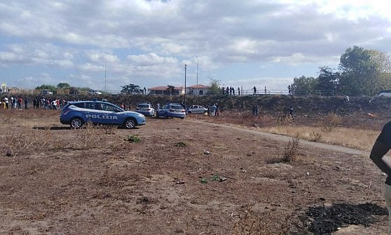 Tragico incidente stradale a Castel Volturno: tre morti e un ferito grave