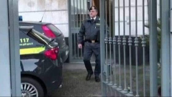 Napoli, scoperta la banda della bancarotta: arrestati sei imprenditori