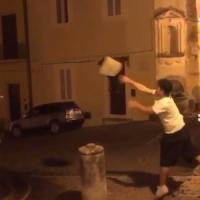 Caserta, raid vandalico su una fontana storica di San Leucio: il video su Instagram