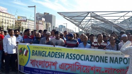 """Napoli, protesta la comunità del Bangladesh: """"Troppe aggressioni"""""""