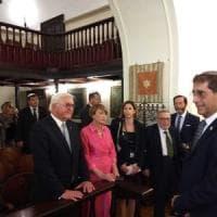 Napoli, Steinmeier ascolta in sinagoga il racconto del sopravvissuto  all'olocausto