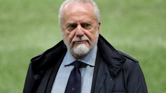 """Napoli, la carica di De Laurentiis: """"Dimentichiamo il Liverpool. Per battere il Lecce servono concentrazione e rabbia agonistica"""""""