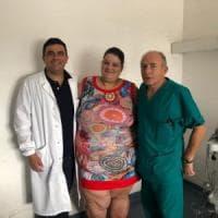 Parto record all'ospedale di Salerno: donna di 225 chili partorisce una bimba