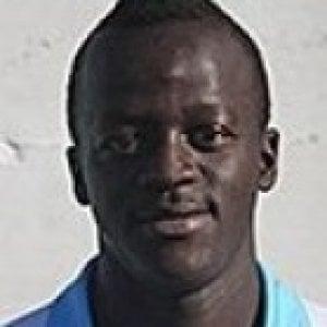 Razzismo: insultato in una partita di calcio, reagisce e viene espulso