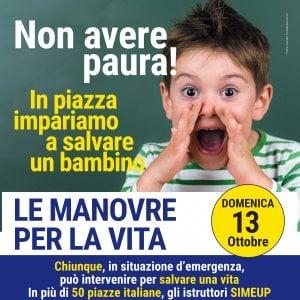 Napoli, pediatri in piazza insegnano a salvare i bambini da soffocamento e arresto cardiaco