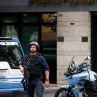 Bottino da 420 mila euro dopo sette colpi in banca: sgominata banda di giovani rapinatori tra Napoli e Caserta