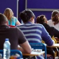 Caserta, pugni e schiaffi ad alunni: divieto di dimora per un educatore
