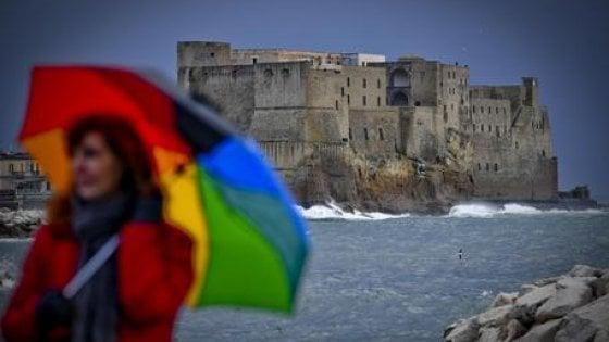 Allerta meteo a Napoli: scuole e parchi chiusi martedì