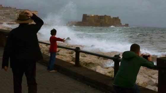 Maltempo, a Napoli scuole chiuse anche mercoledì 6 novembre