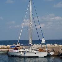 Minori a rischio vanno a vela su una barca confiscata alla criminalità