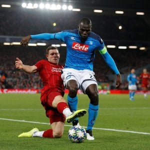 Napoli, pareggio d'oro col Liverpool e che gol Mertens