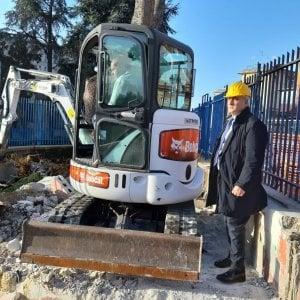 """Ruspe al San Giovanni Bosco: abbattuto l'""""ufficio"""" dei parcheggiatori abusivi"""
