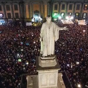 Le Sardine di Napoli, l'ironia contro l'odio