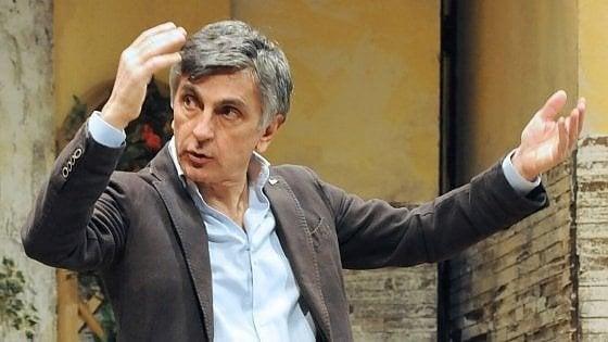 """Vincenzo Salemme: """"Il mio teatro ha il bello della diretta"""""""