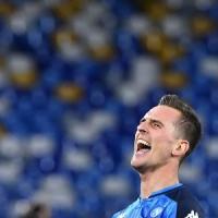 Il Napoli ritrova la vittoria: 4-0 al Genk e qualificazione agli ottavi