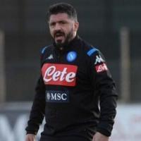 Napoli in ritiro, col Parma chance per Insigne