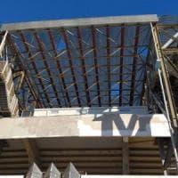 Maltempo, danneggiata la copertura dello stadio San Paolo: Napoli - Parma si gioca alle...