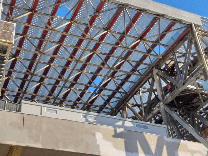 Maltempo, i danni allo stadio San Paolo di Napoli