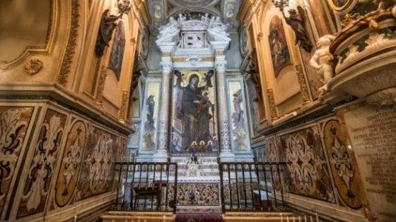 Furto nel Santuario di Montevergine, rubati i gioielli della Madonna