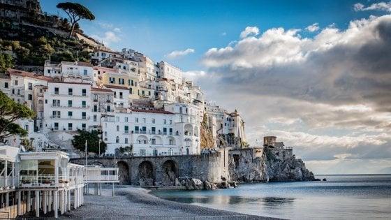Amalfi non chiude d'inverno: così il Comune premia chi non abbassa le saracinesche