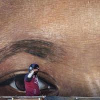 Napoli, la cerimonia d'inaugurazione del murale di Jorit dedicato a Luther king