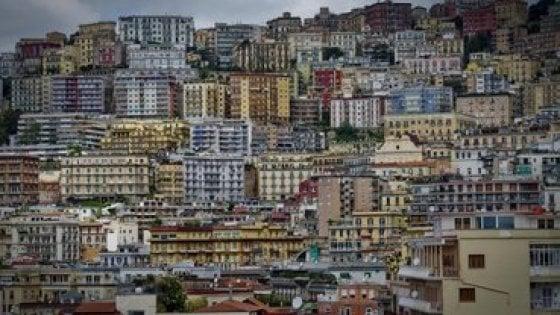 """Avviso per gli alloggi di edilizia pubblica a Napoli: """"E' possibile regolarizzare"""""""