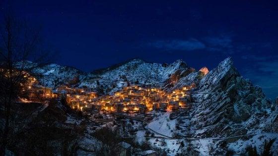 Potenza, Castelmezzano innevata la migliore fotografia italiana di Wiki Loves Monuments