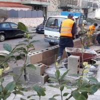 Castellammare: una piazzetta con giostre e panchine al posto delle opere abusive nel quartiere del clan