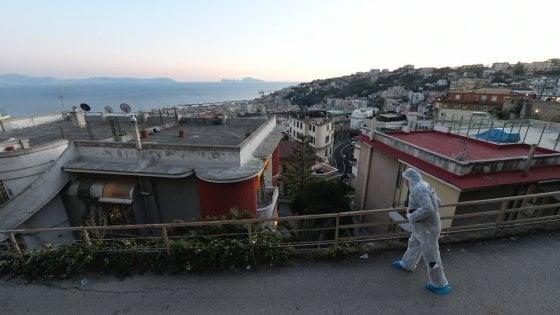 Movida a Napoli, giovane di 20 anni cade nel vuoto: trovato morto al Vomero