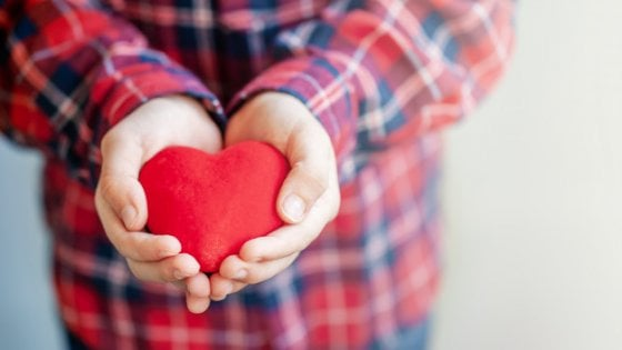 San Valentino: in Campania sindaco baby sitter