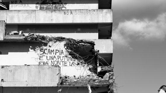 """Saviano: """"Vele simbolo degrado loro malgrado"""""""