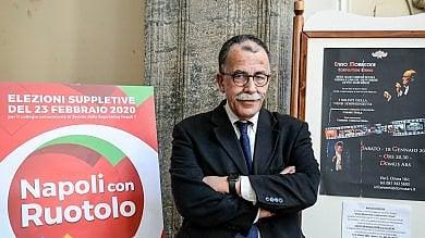 Suppletive per il Senato a Napoli, Sandro Ruotolo eletto senatore con il 48,45% Crollo dell'affluenza: è sotto il 10 per cento