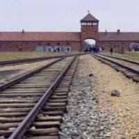 Coronavirus, studenti di Pomigliano rientrano da Auschwitz