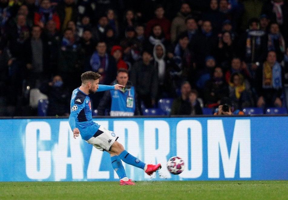 Mertens nella storia: gol numero 121 al Barcellona