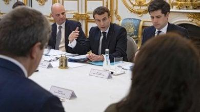 """Italia-Francia, Macron a Napoli:  """"Esserci un segnale importante""""   Tappe al teatro di Eduardo e al San Carlo"""