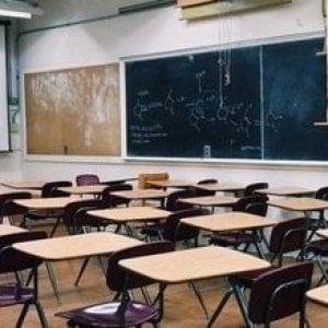 Coronavirus, chiuse tutte le scuole e università della Campania fino a sabato per igienizzare i locali