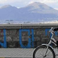 Napoli, scatti nella città deserta