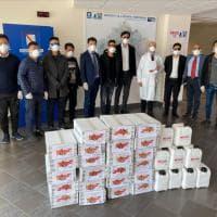 Coronavirus, la comunità cinese della Campania dona oltre 25 mila mascherine e igienizzanti