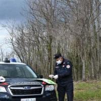 Sorpresi a raccogliere asparagi, doppia multa per tre ragazzi del Cilento