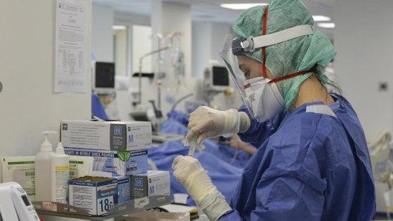 """Coronavirus, il professor Paolo Maggi: """"39enne guarito con il farmaco Remdesivir, primo caso al Sud"""""""