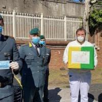 La Finanza  regala 600 mascherine all'ospedale Cotugno di Napoli