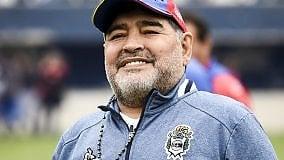 """Maradona si taglia lo stipendio al Gimnasia e lancia una proposta: """"Dobbiamo creare un fondo di solidarietà"""""""