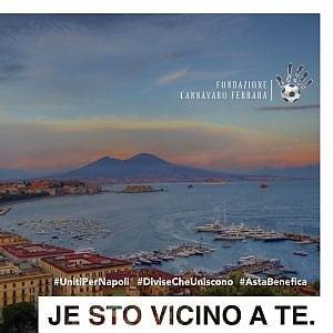 Coronavirus, la Fondazione Cannavaro-Ferrara mette all'asta le maglie dei campioni per aiutare le famiglie bisognose di Napoli